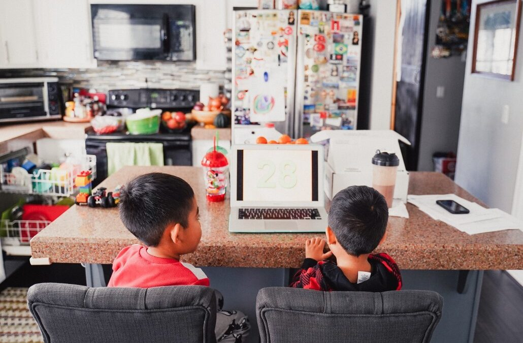 How to Create the Perfect School Environment at Home